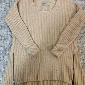 Abercrombie & Fitch Cream Sweater